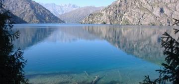 サリー・チェレック州ビオスファー保護区のサリー・チェレック湖 写真提供: Ushakov V.